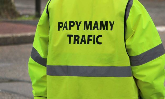PAPYS ET MAMIES TRAFIC